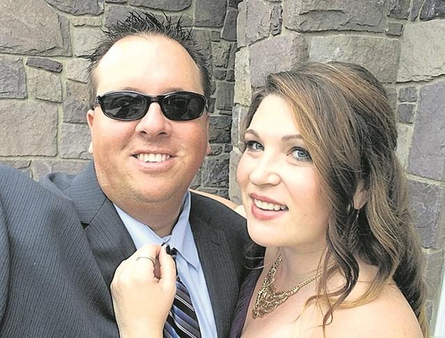 LaRissa Perks, Scott Cronick to exchange vows