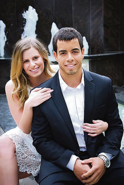 Gabrielle Thomas and Michael Santiago to exchange vows