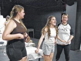 Abby Olander (Ali), left, Maddie Casey (Sophie), center, and Kat O'Boyle (Lisa) rehearse a scene from Mamma Mia!                                  Tony Callaio   For Sunday Dispatch